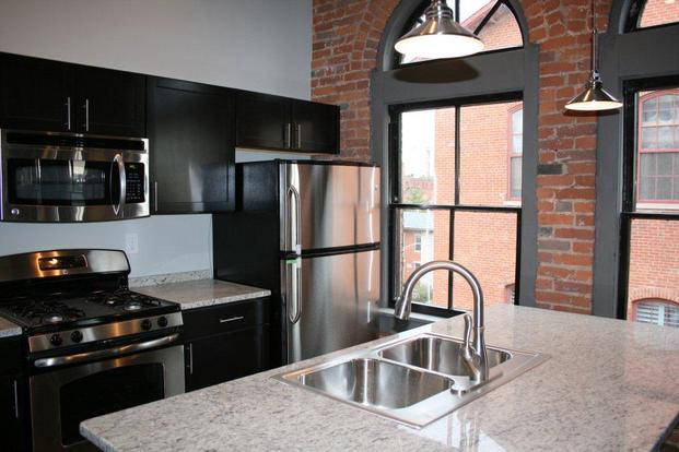 Beautiful new finishes in a 570 Loft kitchen