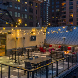 These St. Paul apartments for rent include a skylounge and lighted rooftop patio